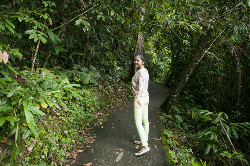 One kilometre trail to Haew Narok Waterfall