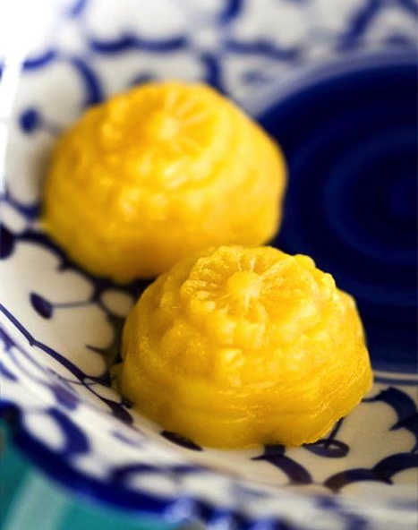 Thai dessert Tong Ake