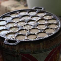 Kanom Krok (Thai Coconut Pudding)