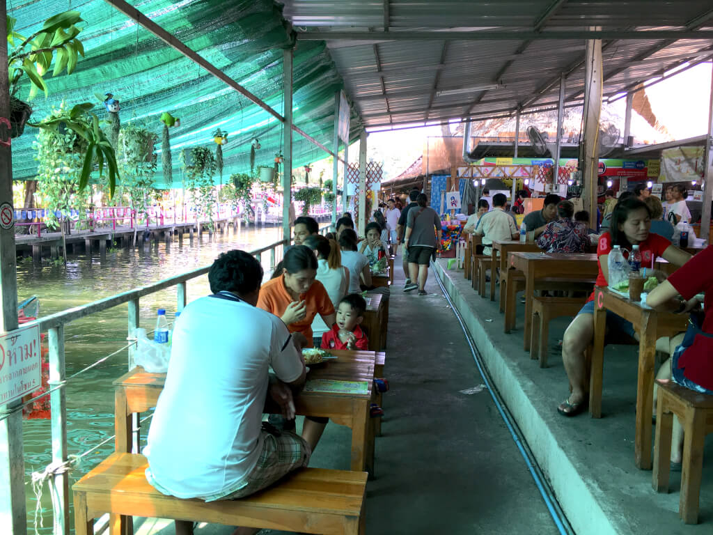 Khlong Lat Mayom Floating Market 2