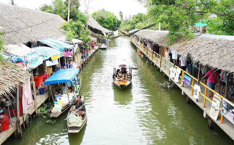 Khlong Lat Mayom Market 10